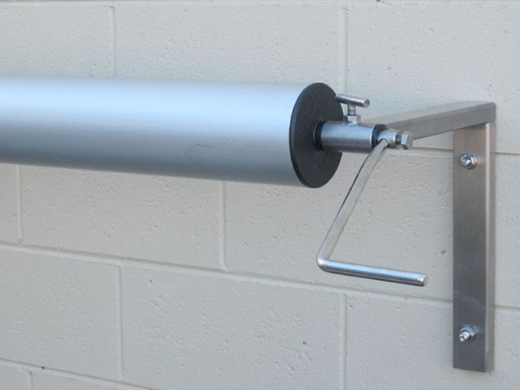 114 WALL MOUNTED ROLLER